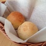23977437 - 自家製パン