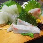 釜めしお可免 - 刺盛り 石鯛・黒ムツ・平目(平目は★3.6)