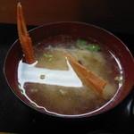寿司の大将 - この日は、テナガエビの味噌汁!!