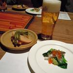 23986959 - ビール/サヨリの前菜/筍とインゲン・蒟蒻の煮物