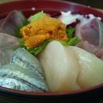 すぎむら - 料理写真:デラックス海鮮丼