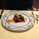 フォアゾン - 肉料理(シェフのおすすめBコース)