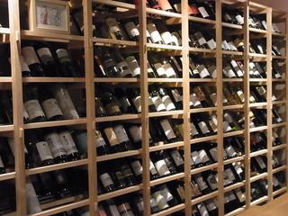 蔵葡 - 薀蓄聞きながらこのたなからワインを選びたい