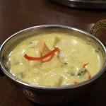 南インド料理ダクシン - アビヤル