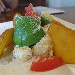 イルカッフェ - アボカドとジャガイモのサラダ