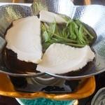 24003925 - せんべい汁             かっくい・ナメコ・舞茸・  人参・牛蒡・水菜・鶏肉・  せんべい