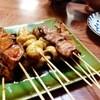 陣八 - 料理写真:大きい肉がざくざくと刺さっているやきとん串です。1串なんと90円!! 適度に焼かれてくさみも無くてとても美味しいです。