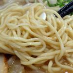 北のらー麺 らう家 - 「みそラーメン(大)」自家製の少し縮れのある中細麺