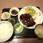 サンキスト - ハンバーグ定食