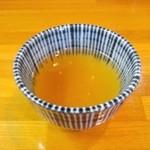 24018609 - 蕎麦茶が出されます