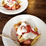cafeZ - 料理写真:初春のストロベリートライフル
