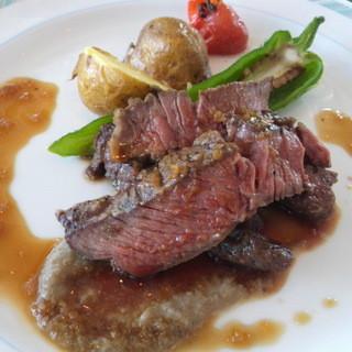 ピア21 - 牛肉のステーキ