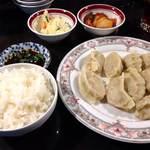 24021243 - 水餃子
