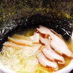 鶏の蔵 - 鶏ラーメン塩 ¥840 コラーゲンたっぷり濃厚スープ