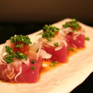 旬の魚介を使った絶品料理をご提供いたします。