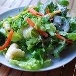 G831 Natural Kitchen & Cafe - ココットランチのサラダ