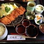 24045919 - ロースカツ定食