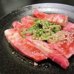 焼肉 いしび - カルビ(\980-)