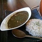 カフェこたつ - 黒ゴマカレー、十穀米で