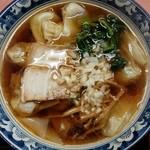 白龍 - ワンタン麺600円