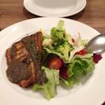 24053256 - 【本日の魚料理】イトヨリのグリル。