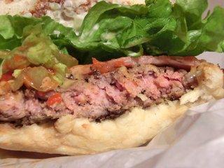 the 3rd Burger アークヒルズサウスタワー店 - 【'14/02/03撮影】ベーコンチーズバーガー 620円 の断面