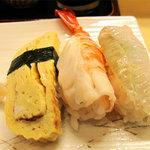 寿司 味処 河童 - 玉子・エビ・カレイの縁側