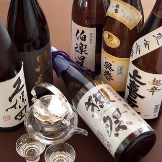 地酒やオリジナルブランドを含む各種をご用意しております。