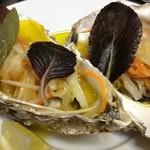 ジャルダン ポタジェ テラニシ - 知内産牡蠣のサラダ仕立