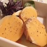 舵 - ホクホクじゃが芋の蒸しバターウニソースがけ¥580
