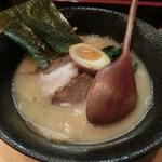 炎麺 - 醤油!炎麺 全部のせ(900円)