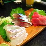 和泉屋 - 本日の刺身三点盛り750円
