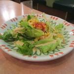 サイゼリヤ - セットのサラダは少な過ぎ