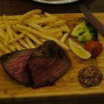 イタリアンバル バル道 - 牛肉