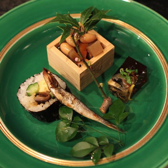 宮した - 前菜 (福豆、恵方巻、黒背鰯の丸干し、フグの煮こごり)