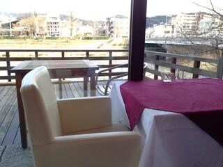サロン・ド・ロワイヤル 京都店 - 座り心地の良い椅子で、ティータイム♪