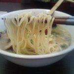 博多ラーメン一歩 - 細麺