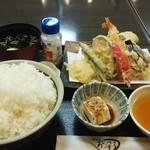 あじ彩 - 料理写真:「あなごと六種の天ぷら定食」898円  御飯は大盛にしていただきました。勿論、同額です。