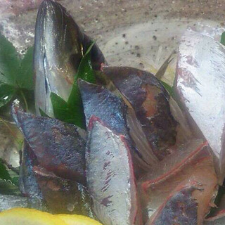 毎日新鮮なお魚を仕入れております。