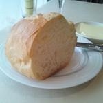24089480 - メインの時のパン 軽くトーストされて