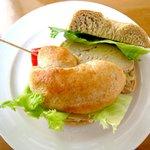 Gallery & Cafe DODO - ベーグルサンド(鶏胸肉のワイン蒸し)