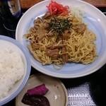 山田うどん - パンチ焼きそばセット