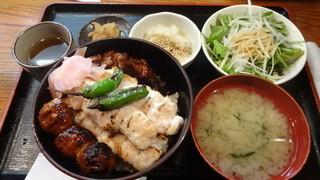 串若 - 焼き鳥丼:800円