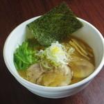 らー麺とご飯の たかぎ - 醤油らー麺