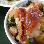 24092142 - しらすそば御膳の生しらす丼はこの時期(禁漁期間)は海鮮あられ丼になります