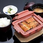 北御門 - 料理写真:梅ご膳(蒲焼4切+ご飯+味噌汁+漬物)