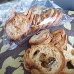 詩とパンと珈琲 モンクール - ゴボウのバゲットのラスク  ¥120
