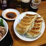 横浜とんとん - 横浜とんとんの餃子。 これが食べたくて定時上がりw