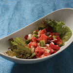 トコナツ屋 - ロミロミサーモン。 定番ハワイ料理。 750円。