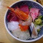 海鮮丼の駅前 - 海鮮丼(480円)